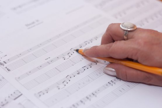 hand-music-musician-compose-large