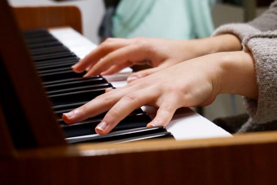 music-piano-hands-75149-large